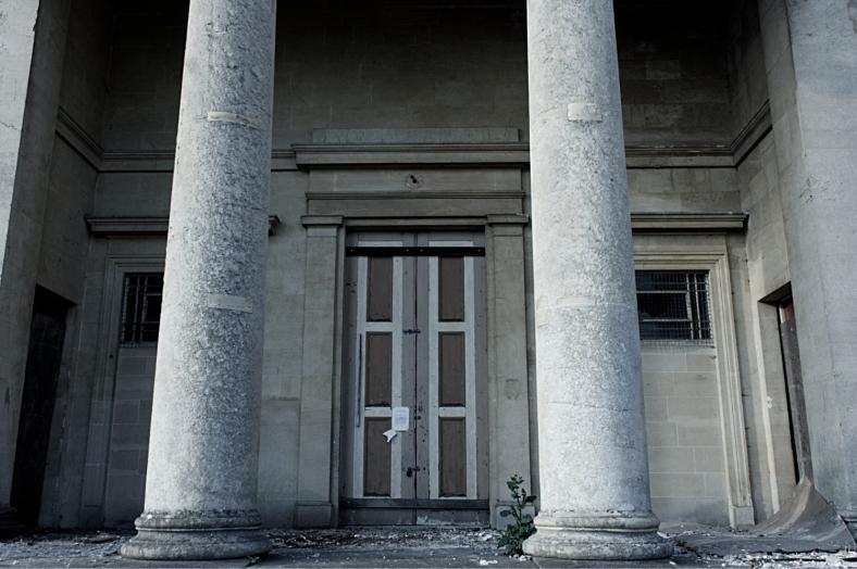 AbandonedCourt